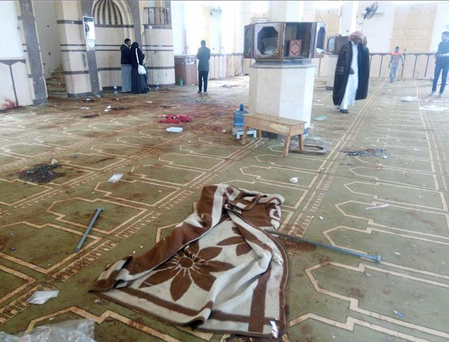 <p>An interior view of Al Rawdah mosque is seen after an explosion, in Bir Al-Abed, Egypt, Nov. 25, 2017. (Photo: Mohamed Soliman/Reuters) </p>