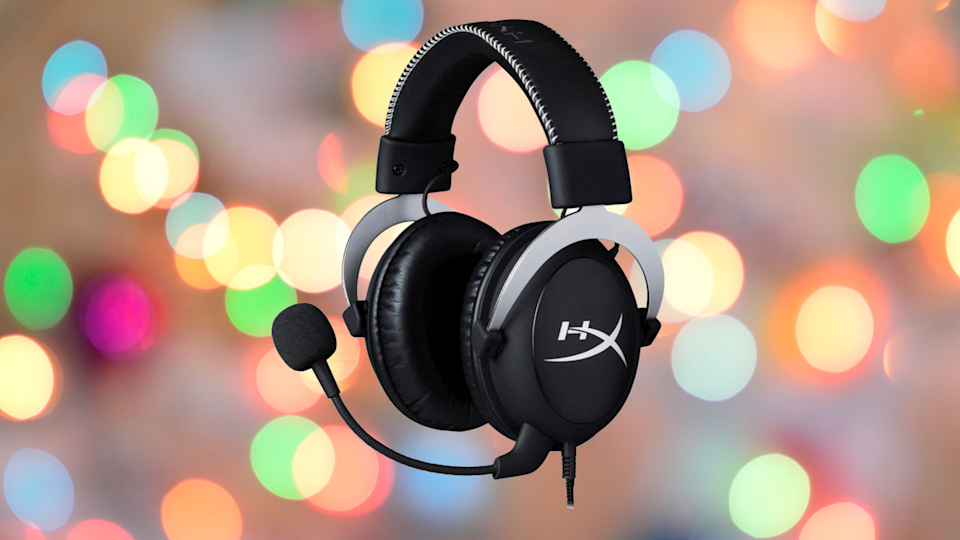 Save $20 on this Xbox One gaming headset. (Photo: GameStop)