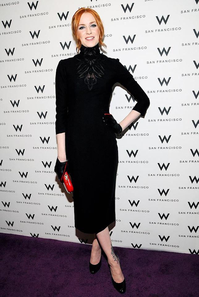 """Now that she's back with Marilyn Manson, Evan Rachel Wood is back in black ... from head to toe. Typical. Araya Diaz/<a href=""""http://www.wireimage.com"""" target=""""new"""">WireImage.com</a> - April 25, 2009"""