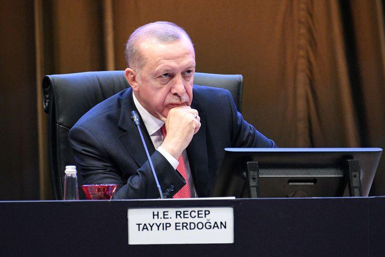 Turkey's President Recep Tayyip Erdogan reacts during a Kuala Lumpur Summit roundtable session in Kuala Lumpur, Malaysia December 19, 2019. Malaysia Department of Information/Handout via REUTERS ATTENTION EDITORS - THIS IMAGE WAS PROVIDED BY A