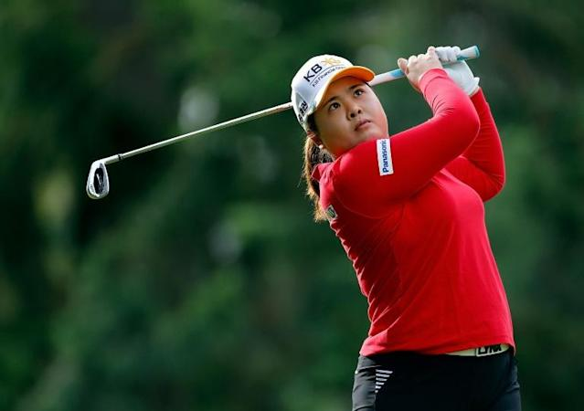 South Korea's Park In-bee seized a two-stroke lead after Saturday's third round of the season-opening LPGA Tournament of Champions (AFP Photo/JONATHAN FERREY)