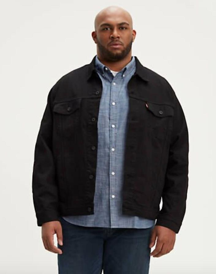 """This jacket comes in sizes XL to 6XL. <a href=""""https://fave.co/38l5Xzh"""" rel=""""nofollow noopener"""" target=""""_blank"""" data-ylk=""""slk:Find it at Levi's"""" class=""""link rapid-noclick-resp""""><strong>Find it at Levi's</strong></a>."""