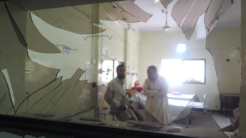 At least 70 people have been killed in a bomb attack on mourners gathered at a Pakistan hospital.