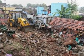 Flood alert issued in Tamil Nadu, 3 houses collapse, 17 dead