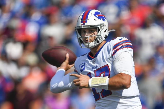 Buffalo Bills' Josh Allen (17) throws a pass during the first half of an NFL football game against the Cincinnati Bengals, Sunday, Aug. 26, 2018, in Orchard Park, N.Y. (AP Photo/Adrian Kraus)