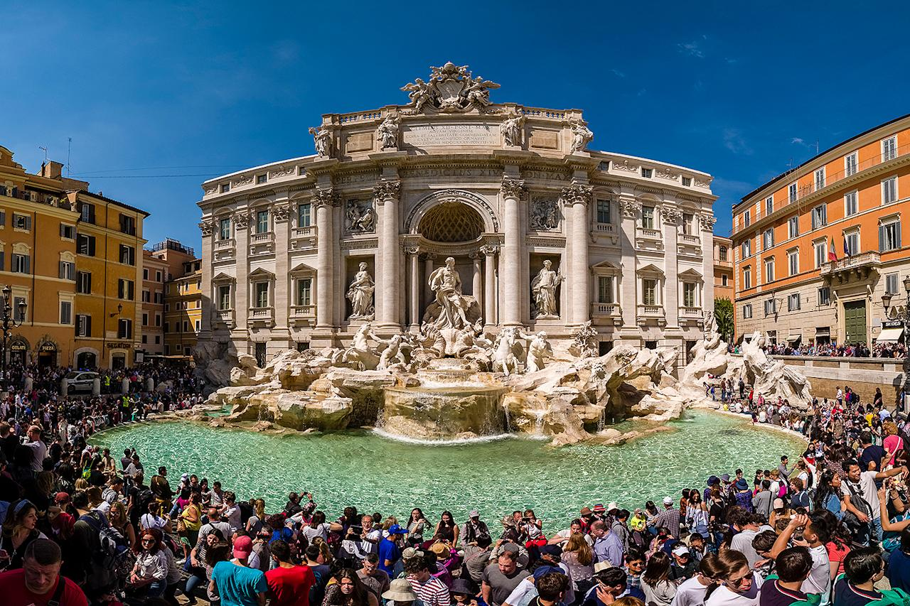 <p>This panoramic snap of the Trevi Fountain in Italy shows just a partial view of the hundreds of tourists that come to the historic landmark every day.</p>
