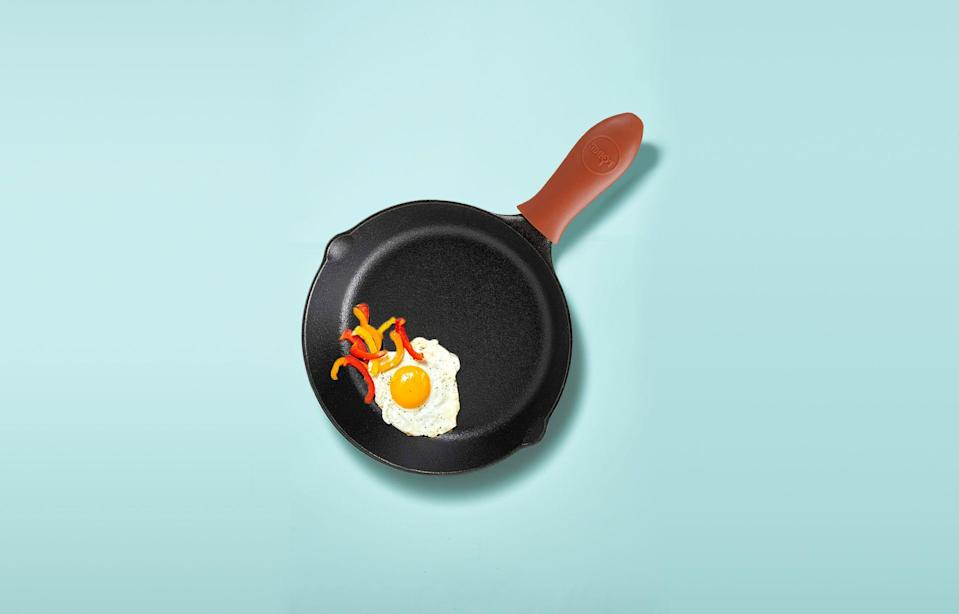 """<p>Ah, <em>eggs</em> — what can't we say about this breakfast icon that diehard fans don't <em>already</em> know?! Whether you do <a href=""""https://www.goodhousekeeping.com/breakfast-recipes/"""" rel=""""nofollow noopener"""" target=""""_blank"""" data-ylk=""""slk:breakfast for dinner"""" class=""""link rapid-noclick-resp"""">breakfast for dinner</a> more than you'd care to admit, or perhaps you're a vegetarian gleaning as much protein as possible, being obsessed with eggs and their versatility in a kitchen is an art form, truly. Eggs are downright delicious when simply fried on the fly, but breakfast aficionados know that <strong>a chef's hat has 100 fol</strong><strong>ds</strong> because pros say that's how many ways one can prepare eggs. And all these egg dishes are unique in their flavors and textures! Unlocking an egg's true potential and creating culinary masterpieces all hinges on the cookware at your fingertips.<br></p><p>The perfect pan or skillet for cooking eggs, like <a href=""""https://www.goodhousekeeping.com/cooking-tools/cookware-reviews/g35231949/best-non-stick-pans/"""" rel=""""nofollow noopener"""" target=""""_blank"""" data-ylk=""""slk:many other leading nonstick options"""" class=""""link rapid-noclick-resp"""">many other leading nonstick options</a>, are made with a nonstick finish and <strong>can stand up to everyday wear</strong> whether you cook <a href=""""https://www.goodhousekeeping.com/food-recipes/easy/g428/easy-egg-recipes/"""" rel=""""nofollow noopener"""" target=""""_blank"""" data-ylk=""""slk:perfect French omelettes"""" class=""""link rapid-noclick-resp"""">perfect French omelettes</a> or <a href=""""https://www.goodhousekeeping.com/food-recipes/easy/a35092147/how-to-make-scrambled-eggs-recipe/"""" rel=""""nofollow noopener"""" target=""""_blank"""" data-ylk=""""slk:fluffy, airy scrambled eggs"""" class=""""link rapid-noclick-resp"""">fluffy, airy scrambled eggs</a>.<strong> The best egg pans can withstand high temps, distribute heat evenly, don't overheat quickly and can even be transferred into the oven to finish your breakfast</strong>. Most i"""