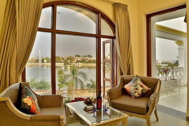 <p>The bedrooms open out to a lobby and a balcony, both of which look out onto the lake. (Airbnb) </p>