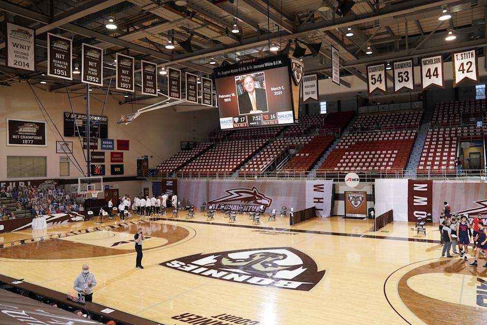 St. Bonaventure pays tribute to Dennis R. DePerro before a game against Dayton on March 1. (Photo courtesy of St. Bonaventure athletics)