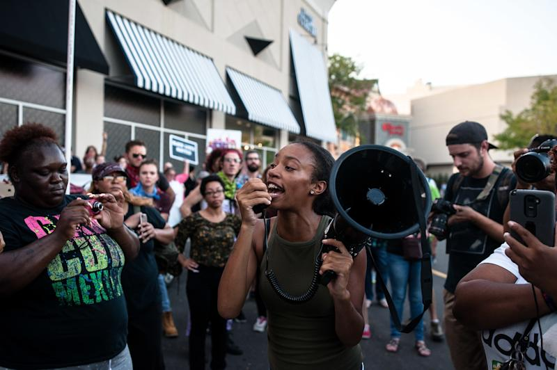 Organizers call an end to the day's action, saying they successfully shut down the Galleria and Brentwood Boulevard in their protest against a not guilty verdict in a police shooting case. (Joseph Rushmore for HuffPost)