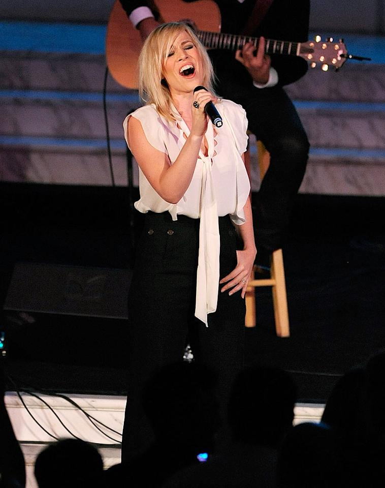 "British pop singer Natasha Bedingfield, best known for the hits ""Unwritten"" and ""Pocketful of Sunshine,"" sang at the event. Alberto E. Rodriguez/<a href=""http://www.gettyimages.com/"" target=""new"">GettyImages.com</a> - October 26, 2009"