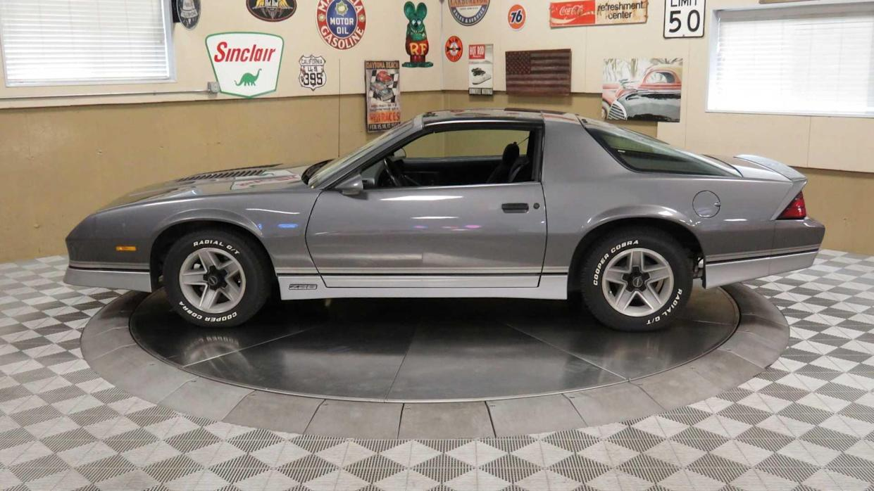 T Top Camaro >> T Top Machine 1985 Chevrolet Camaro Z28
