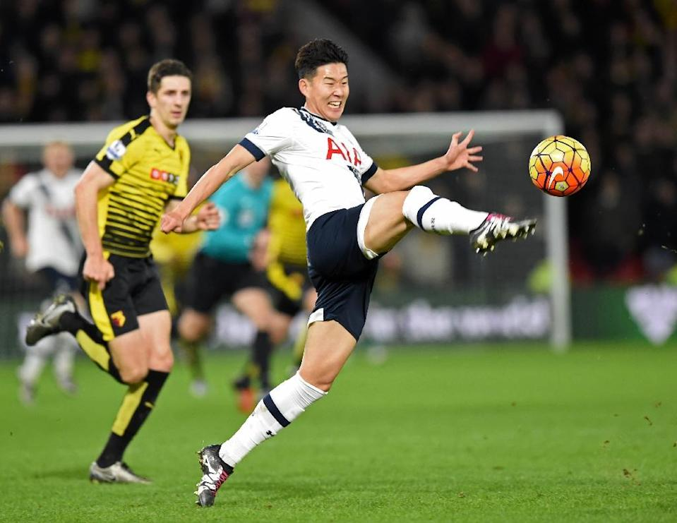 Tottenham Hotspur's striker Son Heung-Min controls the ball during the English Premier League football match between Watford and Tottenham Hotspur at Vicarage Road Stadium in Watford, north of London on December 28, 2015 (AFP Photo/Olly Greenwood)
