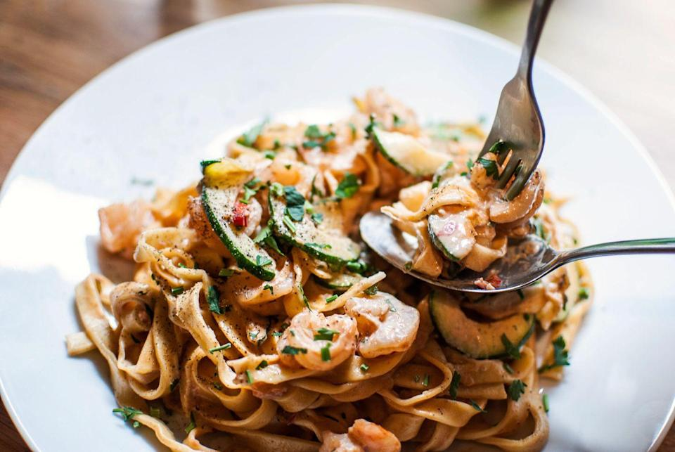 <p>Choose another time to eat at Carrabba's. The Italian Grill will be closed on Thanksgiving Day.</p>