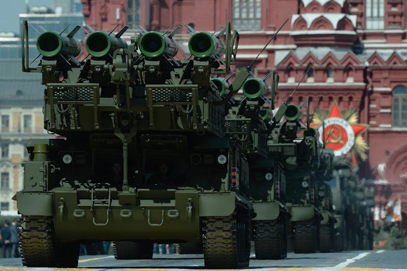 Russian Buk-M2 surface-to-air missile systems in the Victory Day parade at Red Square in Moscow on May 9, 2015 (AFP Photo/Yuri Kadobnov)