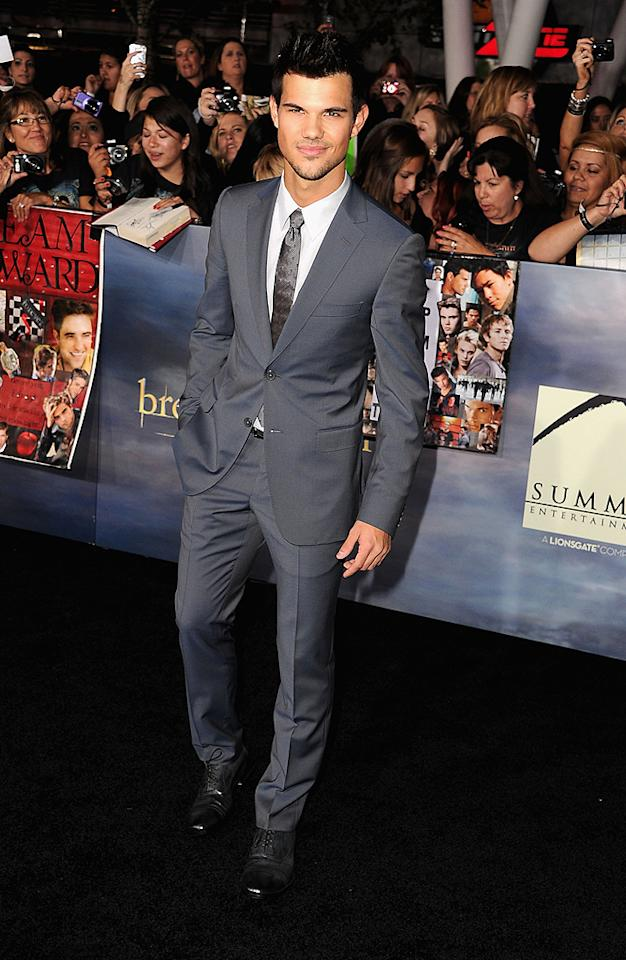 "LOS ANGELES, CA - NOVEMBER 12: Actor Taylor Lautner arrives at ""The Twilight Saga: Breaking Dawn - Part 2"" Los Angeles premiere at Nokia Theatre L.A. Live on November 12, 2012 in Los Angeles, California. (Photo by Steve Granitz/WireImage)"