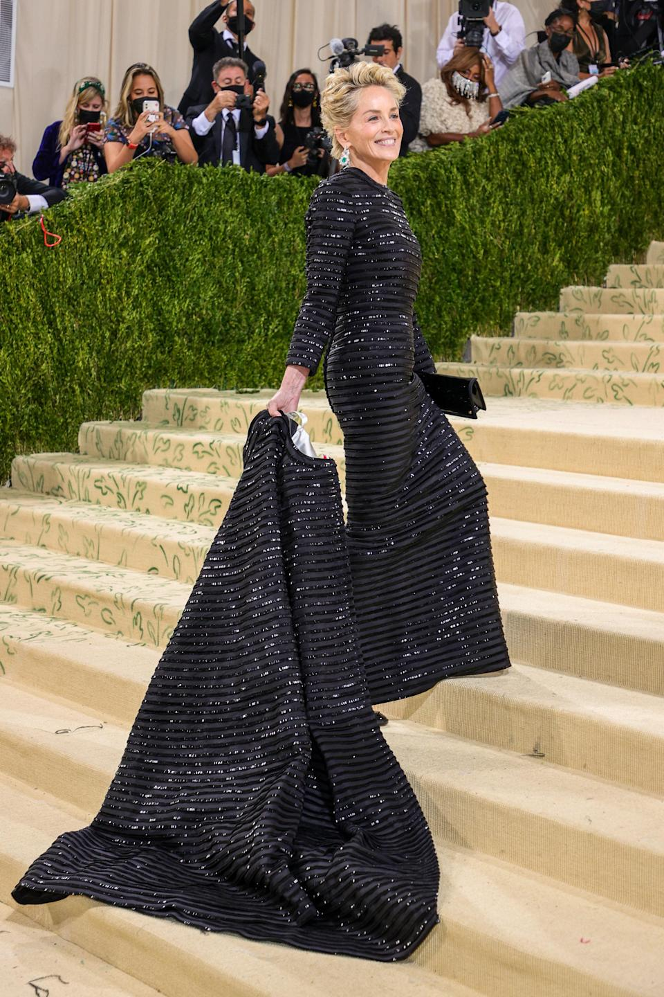 """<h1 class=""""title"""">Sharon Stone in Thom Browne and Chopard jewelry </h1><cite class=""""credit"""">Photo: Getty Images</cite>"""