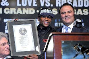 Floyd Mayweather has consistently said he's loyal to Richard Schaefer, not Golden Boy. (Getty)