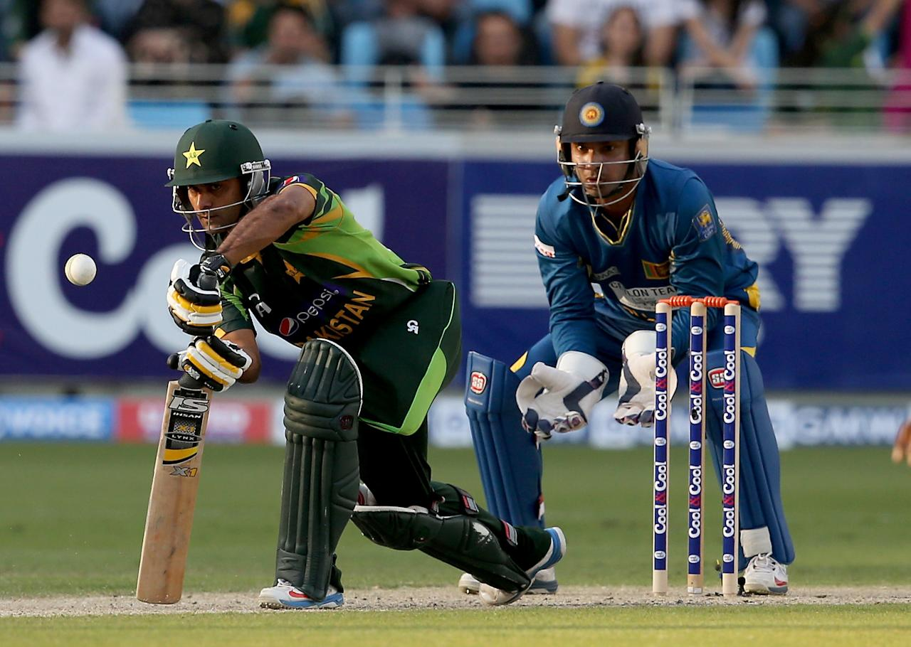 DUBAI, UNITED ARAB EMIRATES - DECEMBER 20:  Mohammad Hafeez of Pakistan bats during the second One-Day International (ODI ) match between Sri Lanka and Pakistan at the Dubai Sports City Cricket Stadium on December 20, 2013 in Dubai, United Arab Emirates.  (Photo by Francois Nel/Getty Images)