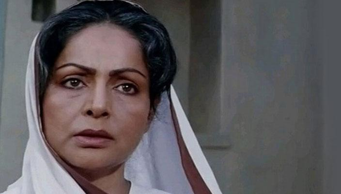 <p>Another heroine turned favourite on-screen mother Rakhee also played the weepy, helpless mother to perfection. She, however, has the dubious distinction of playing both Amitabh Bachchan's lover in Trishool and his mother six years later, in Shakti. </p>