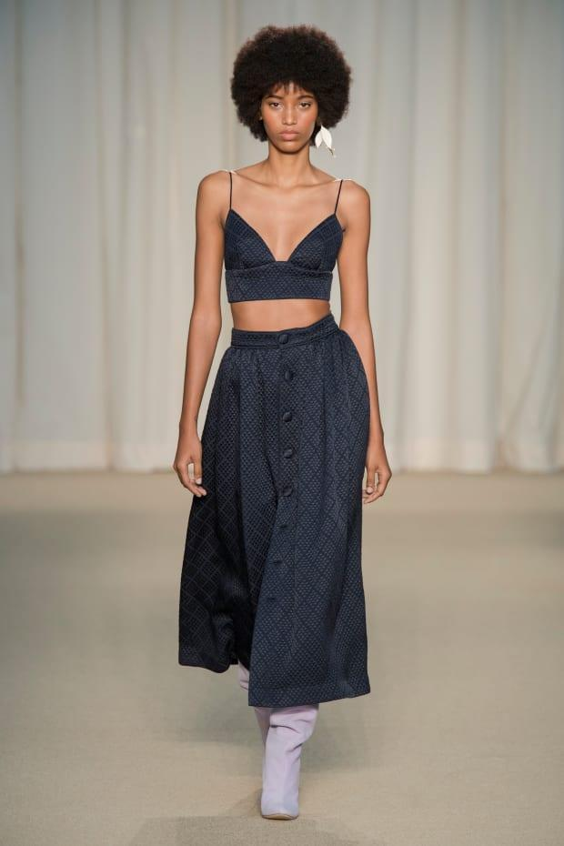 <p>A look from the Adam Lippes Spring 2022 collection.</p><p>Photo: Imaxtree</p>