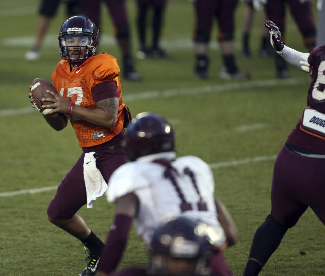Rumors swirled that Virginia Tech quarterback Josh Jackson (17) may potentially be ineligible, but now that is no longer the case. (Matt Gentry/The Roanoke Times via AP)