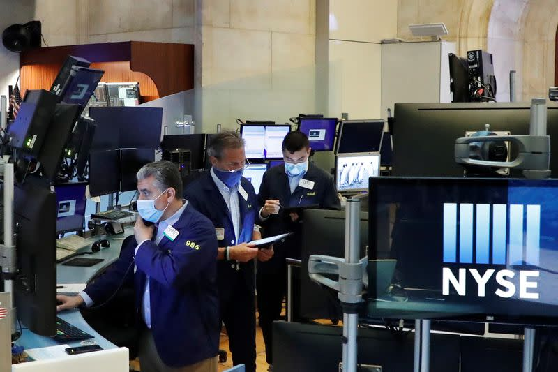 US Stocks - Profit-Taking Continues as High-Flying Tech Shares Remain Under Pressure