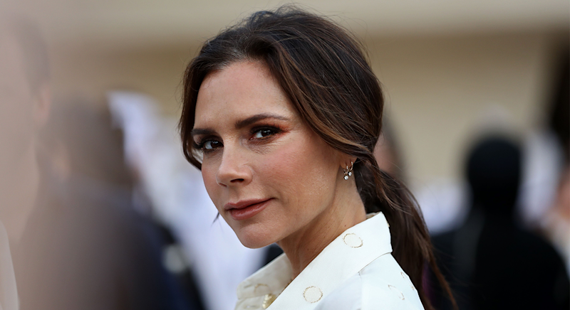 Victoria Beckham's go-to summer hat is only £59 [Photo: Getty Images]