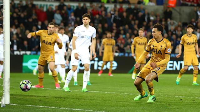 Swansea City conceded three times at the end of the second half, allowing Tottenham to claim a 3-1 victory.
