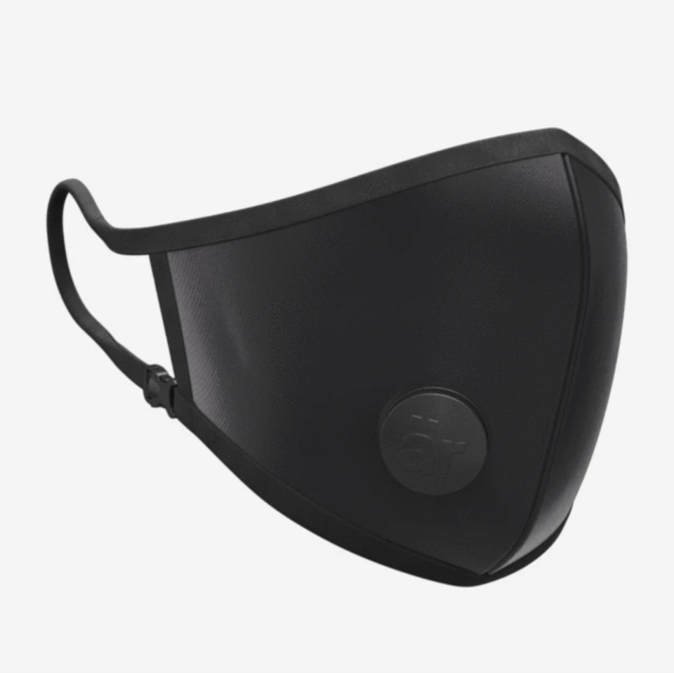 11 breathable masks to wear during your workout: är Face Mask with Valve (Photo via Conceptar)