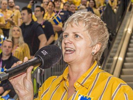 Gillian Drakeford, IKEA UK & IE Country Manager opens IKEA Sheffield LR[3]