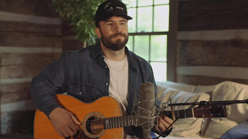 Sam Hunt appears on 'CMT Celebrates Our Heroes'