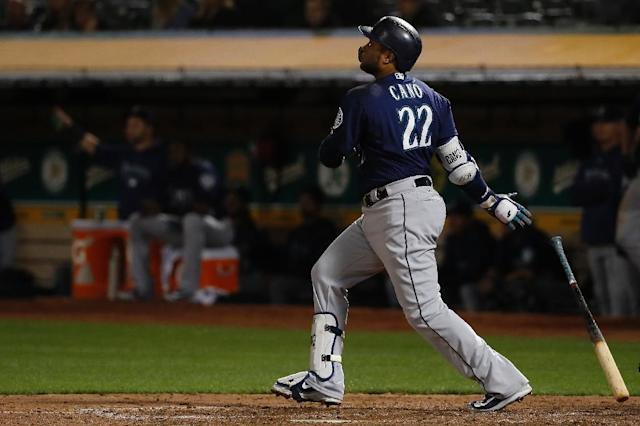 Seattle Mariners all-star Robinson Cano may be headed back to New York -- but for the Mets this time around (AFP Photo/Stephen Lam)