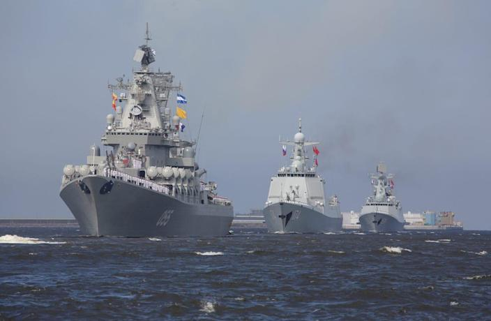 Russian Navy day parade Russia and China