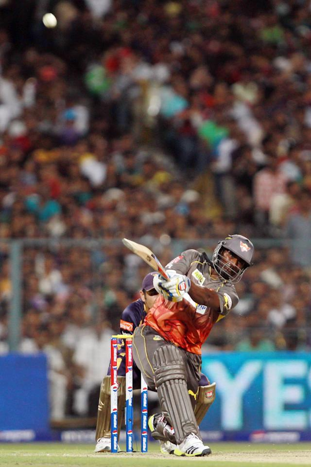 Tisara Perera hits a powerful six during match 17 of the Pepsi Indian Premier League between The Kolkata Knight Riders and the Sunrisers Hyderabad held at the Eden Gardens Stadium in Kolkata on the 14th April 2013. Photo by Jacques Rossouw-IPL-SPORTZPICS ..Use of this image is subject to the terms and conditions as outlined by the BCCI. These terms can be found by following this link:..https://ec.yimg.com/ec?url=http%3a%2f%2fwww.sportzpics.co.za%2fimage%2fI0000SoRagM2cIEc&t=1493110701&sig=xzn8geF5X5PHijmbpjH8lw--~C