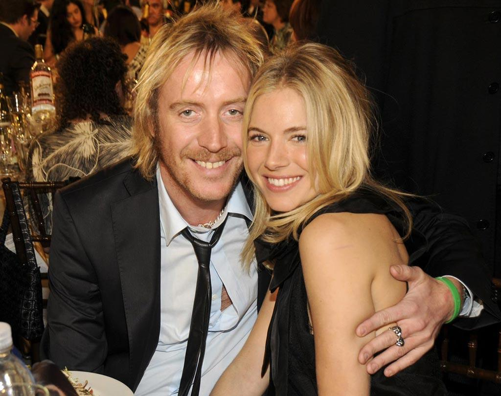 "<a href=""http://movies.yahoo.com/movie/contributor/1800018838"">Rhys Ifans</a> and <a href=""http://movies.yahoo.com/movie/contributor/1808454413"">Sienna Miller</a> in the audience at the Film Independent's Spirit Awards in Santa Monica - 02/23/2008"