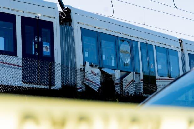 This LRT train derailed between Tremblay and Hurdman stations on Ottawa's Confederation Line on Sept. 19, 2021. It has since been taken back to the garage, and the line is out of service. (Nicholas Cleroux/Radio-Canada - image credit)