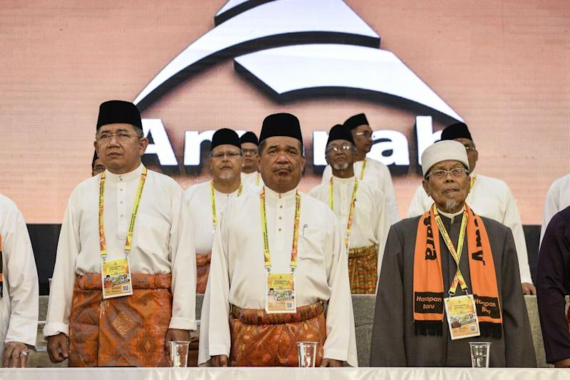 Amanah president Mohamad Sabu (centre) is pictured at the Amanah National Convention in Shah Alam on December 6, 2019. ― Picture by Miera Zulyana