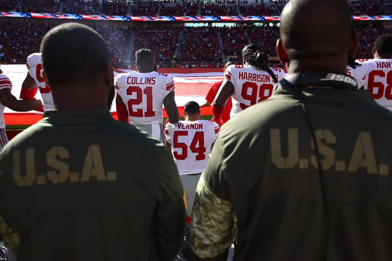 <p>Olivier Vernon #54 of the New York Giants kneels during the national anthem prior to their NFL game against the San Francisco 49ers at Levi's Stadium on November 12, 2017 in Santa Clara, California. (Photo by Ezra Shaw/Getty Images) </p>