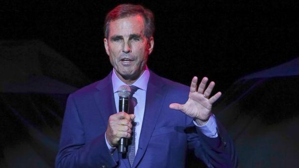 PHOTO: Bob Woodruff, the Co-Founder of the Bob Woodruff Foundation, speaks on stage during the 11th Annual Stand Up for Heroes benefit Nov. 7, 2017, in New York, N.Y. (Brent N. Clarke/Invision/AP Photo)