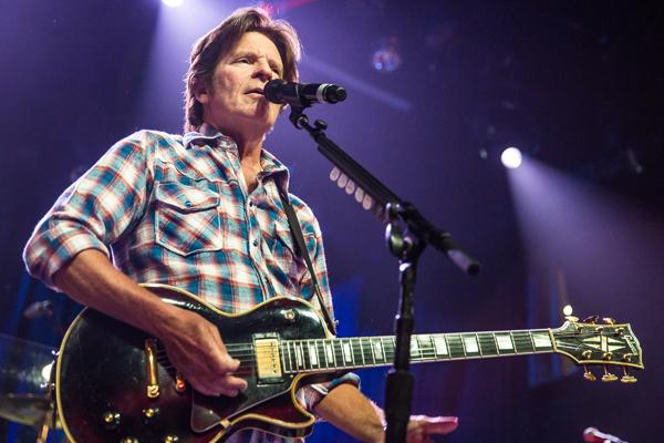 On the Charts: Throwbacks Rule: Alice In Chains, John Fogerty Debut Strong