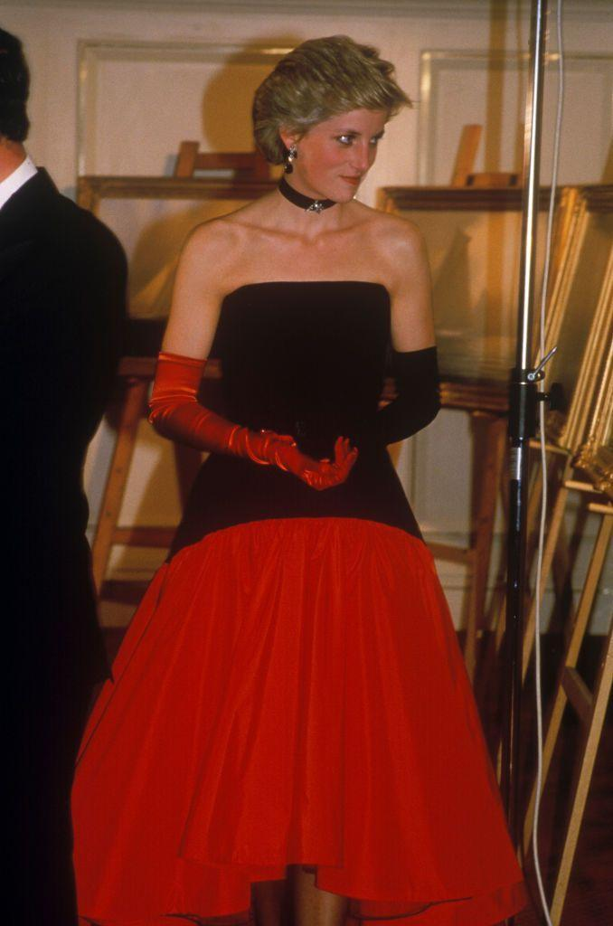 <p>The princess chose a strapless, two-tone Murray Arbeid gown for the America's Cup Ball. But it's the mismatched evening gloves—one red and one black—that steal the spotlight. <br></p>
