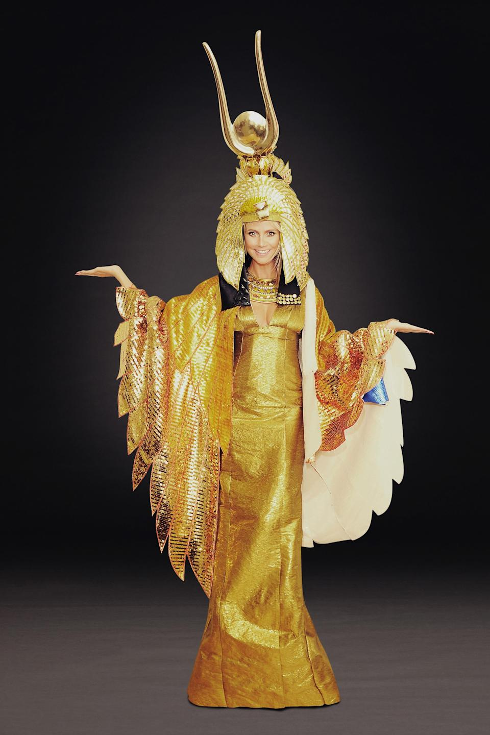 Cleopatra was Klum's inspiration in 2012. Will you look at that headdress!<em> [Photo: Getty]</em>
