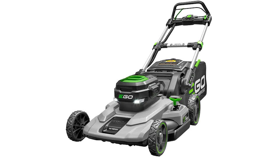 This popular reel lawn mower is still on sale for Labor Day! (Photo: Lowe's)
