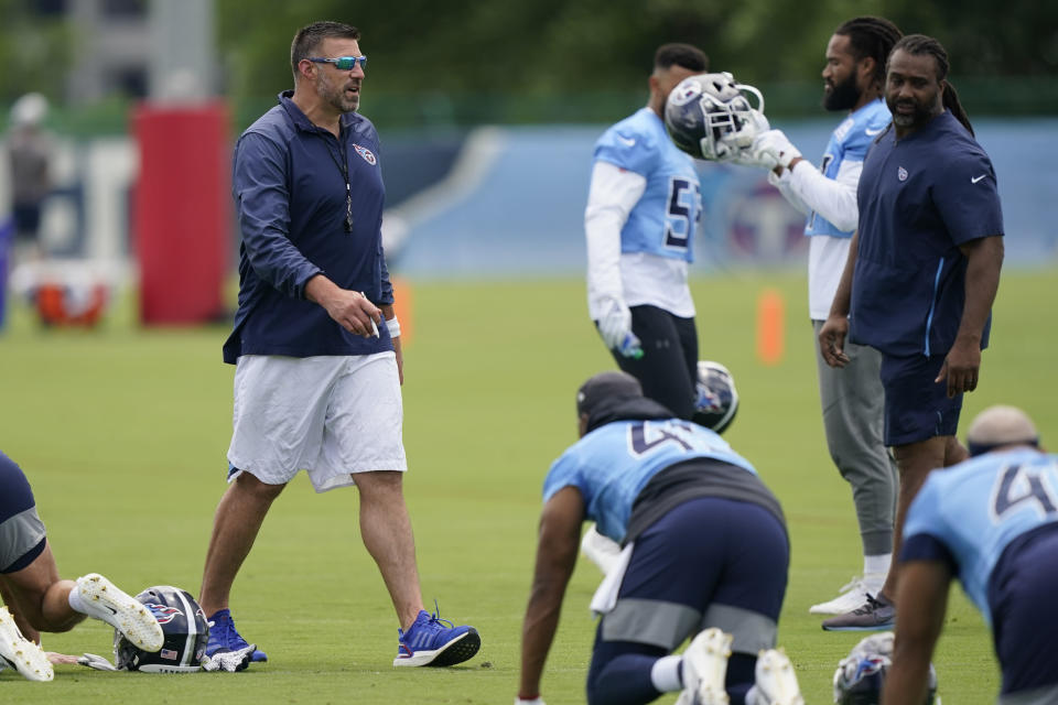 Tennessee Titans head coach Mike Vrabel watches during NFL football practice Thursday, June 3, 2021, in Nashville, Tenn. (AP Photo/Mark Humphrey, Pool)