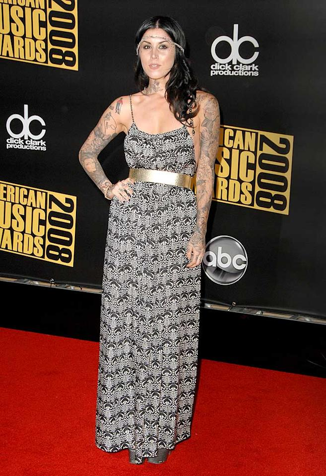 "Reality TV ""star"" Kat Von D accentuated her cheap-looking frock with a horrendous headband, an unnecessary gold belt, and way too many visible tattoos. Steve Granitz/<a href=""http://www.wireimage.com"" target=""new"">WireImage.com</a> - November 23, 2008"