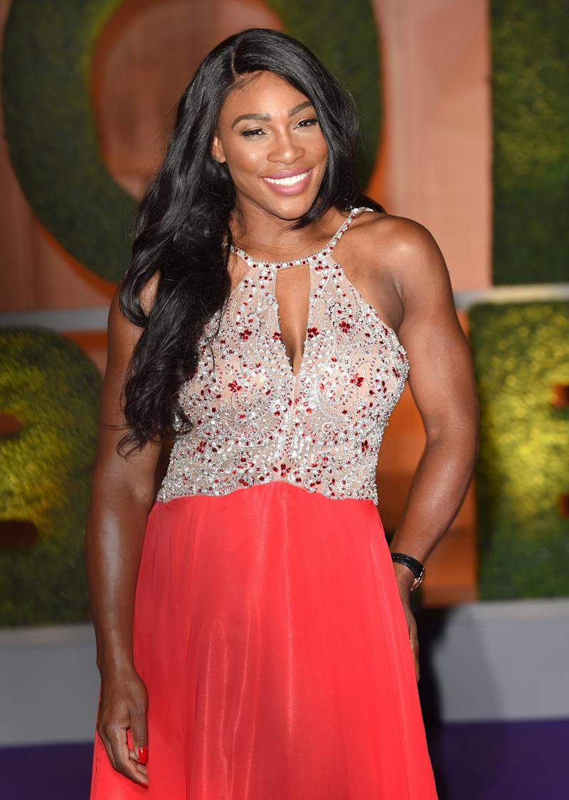 430977a0a77ba Serena Williams Stuns in A Lace Crop Top And Barely-There Makeup