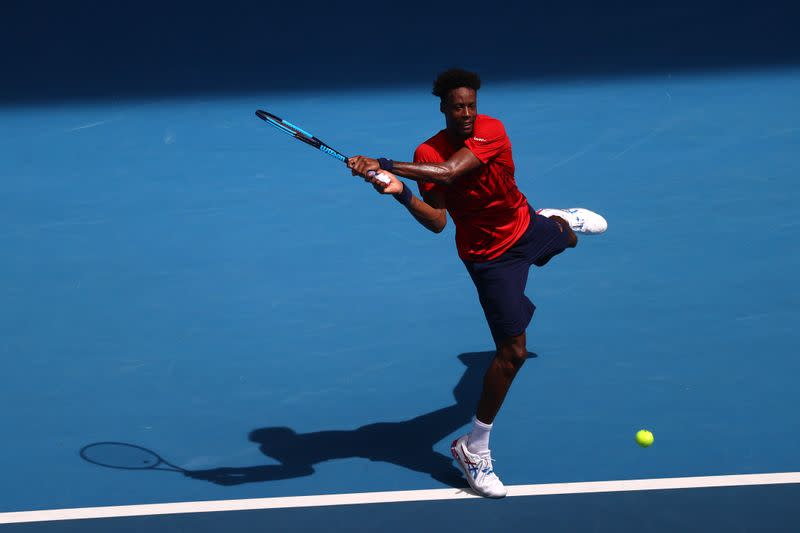 Holder Monfils beats Evans to reach Rotterdam semis