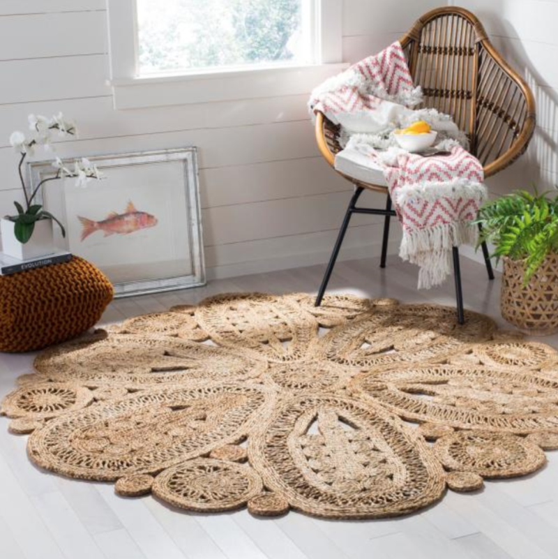 This pretty rug can stand up to foot traffic. (Photo: Home Depot)