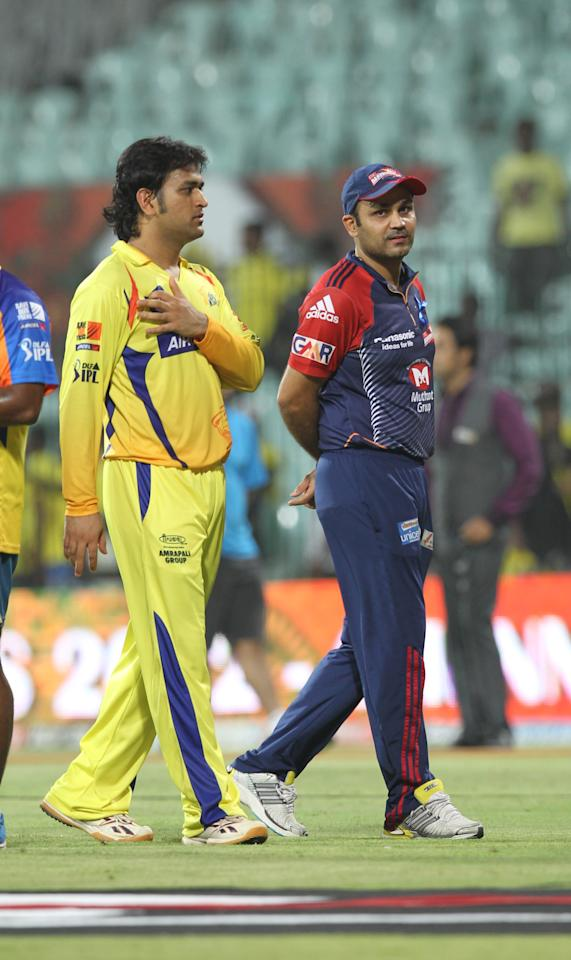 Chennai Super Kings MS Dhoni (L) walks alongside Delhi Daredevils Captain Virender Sehwag (R) during the IPL Twenty20 cricket 2nd Qualifying match, between Chennai Super Kings and Delhi Daredevils at the M.A.Chidambaram Stadium in Chennai on May 25, 2012.  RESTRICTED TO EDITORIAL USE. MOBILE USE WITHIN NEWS PACKAGE    AFP PHOTO/ Seshadri SUKUMAR        (Photo credit should read SESHADRI SUKUMAR/AFP/GettyImages)